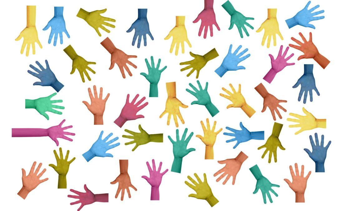 Proponemos iniciativas a través de las redes sociales para continuar conectados y hacer más ameno el confinamiento